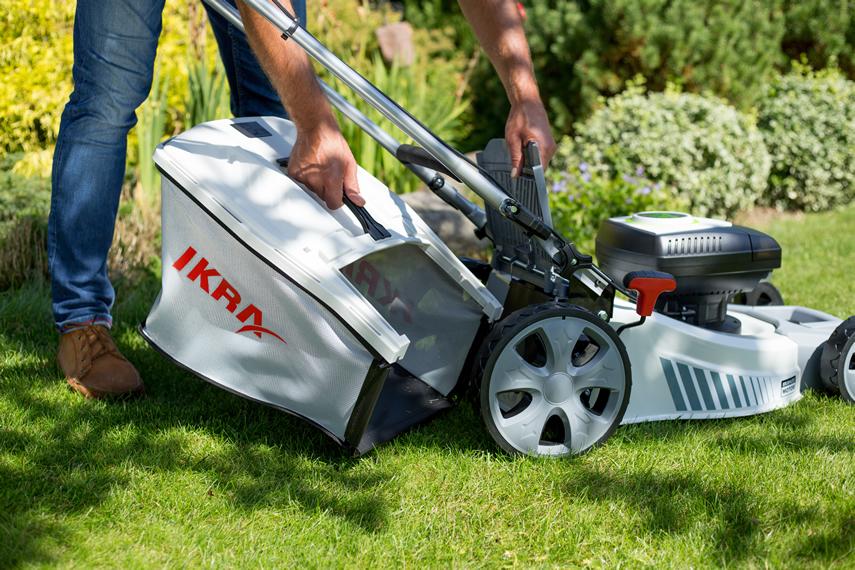IKRA Rasenmäher mit Grasfangbehälter