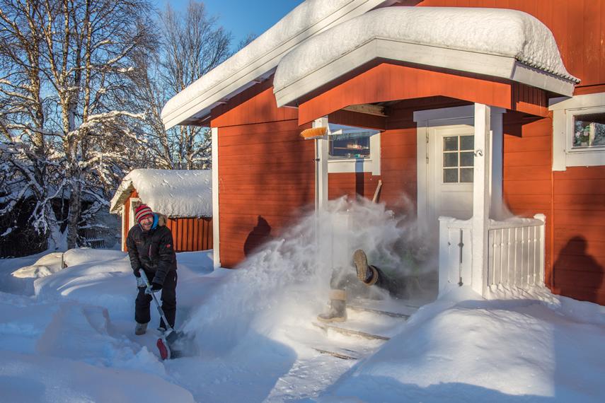 Schnee räumen mit IKRA Schneefräse Schneeschieber IAF 40-3325