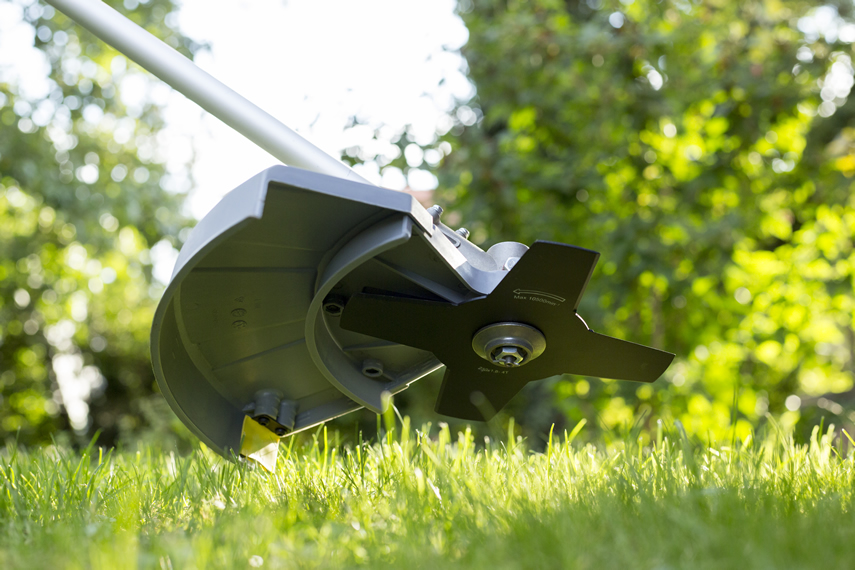 Blades for lawn edger