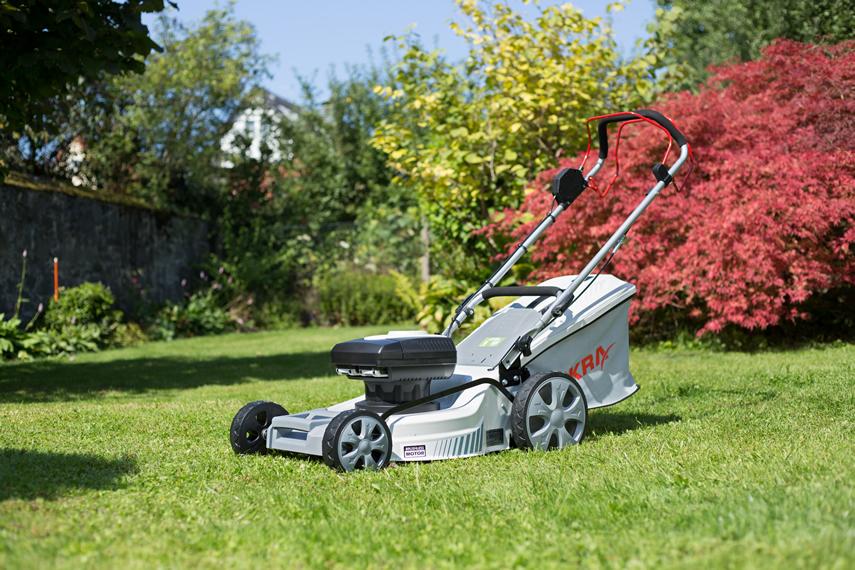 Cordless lawn mower IAM 40-4625 S