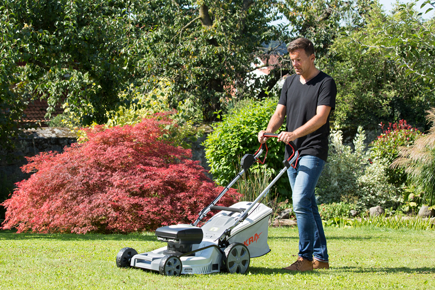 Area select for lawn mowers