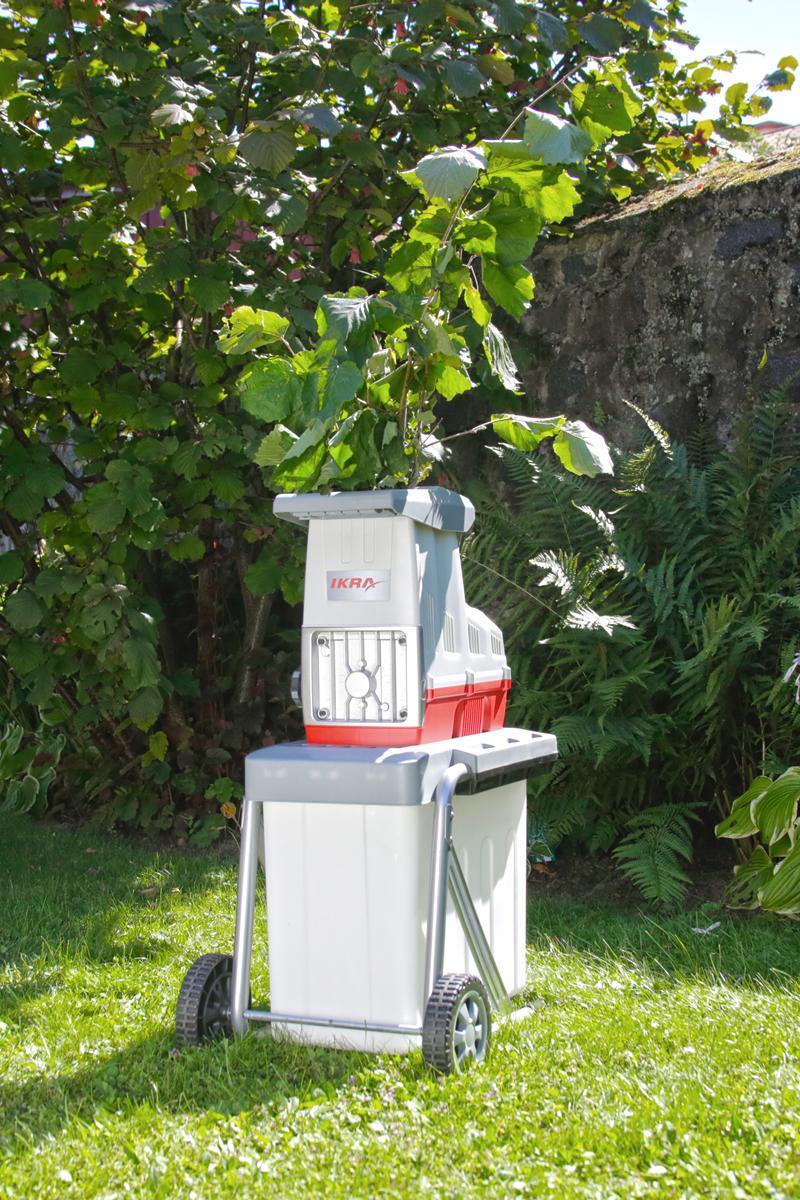Elektro Gartenhäcksler Leisewalzenhäcksler ILH 3000 A