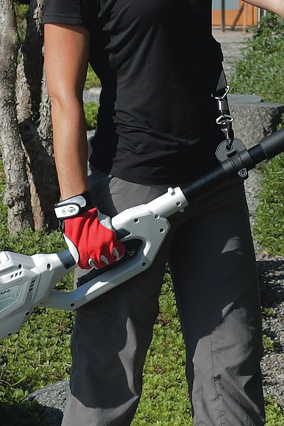 Cordless Telescopic Hedge Trimmer IATHS 40-43